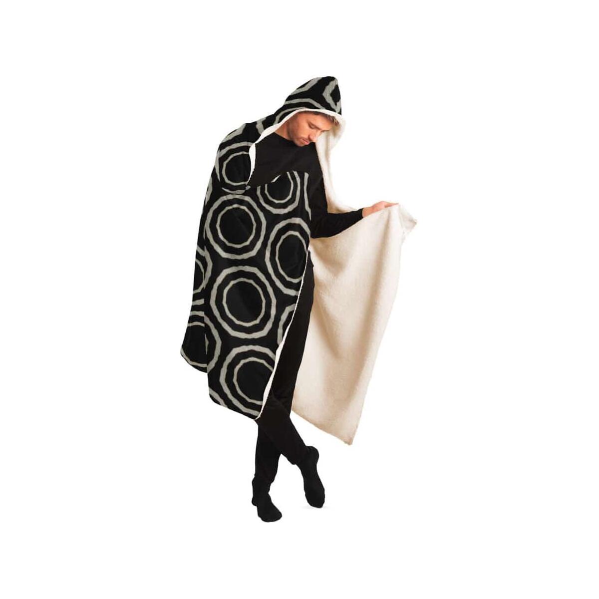 Bogolan B W Circle Hooded Blanket