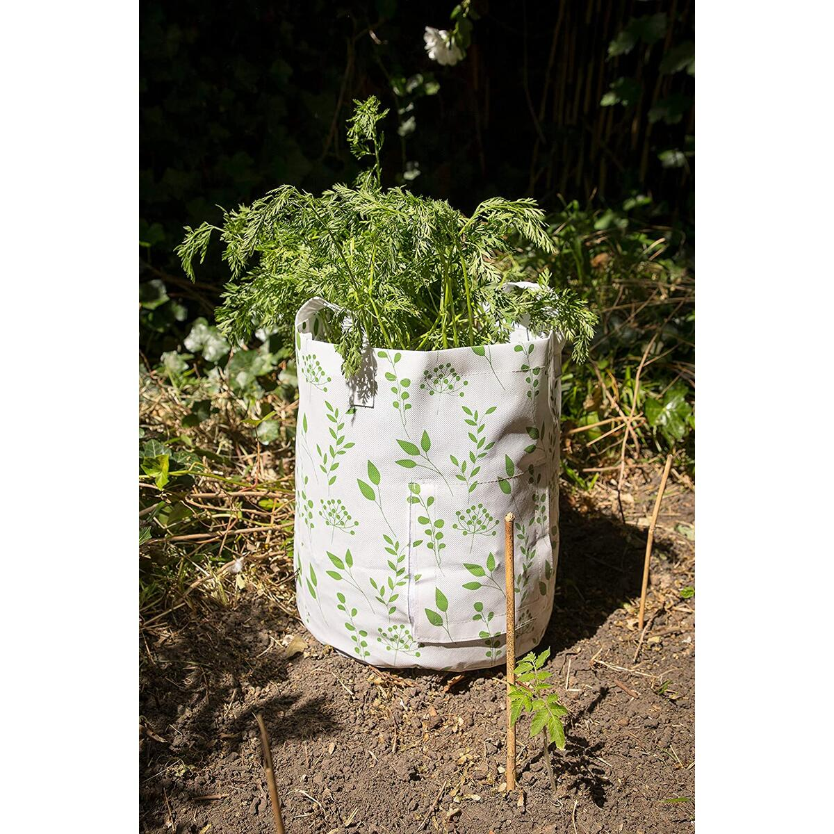 The Light Design Grow Bags 7 Seven gallons Pack of 3, Fabric planters Grow Bags for Vegetables, Potato, Tomato or Carrot Planter for Garden or Patio with Access Flap to The Roots…