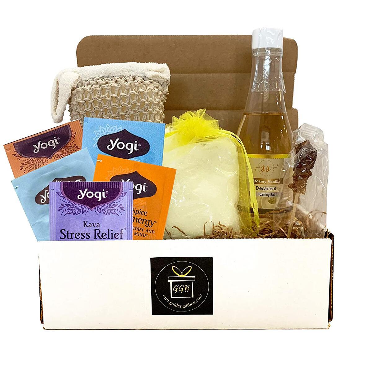 Home Spa Gift Basket For Women - CLASSIC EDITION - CREAMY VANILLA