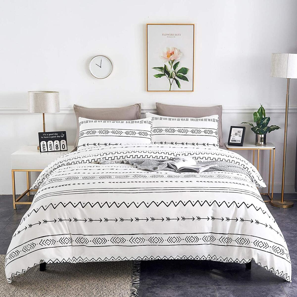 WARMDERN Black Stripe Boho Duvet Cover Set Queen, 3pcs Ultra Soft Breathable Aztec Cotton Comforter Cover with Zipper Ties, 1 Bohemian White Duvet Cover & 2 Pillowcase(Queen,White)