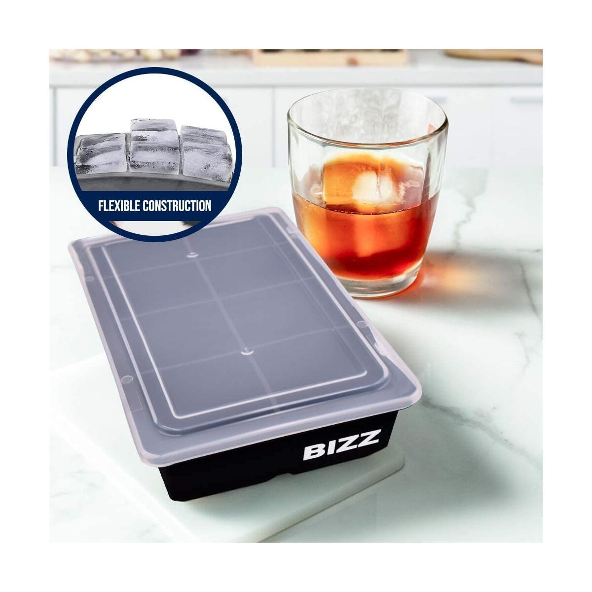 Ice Trays - 8 Cubes - Lids NO Spill - 2 pack