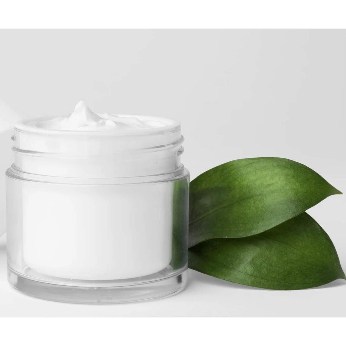 Hydrating Night Mousse with Essential Oils