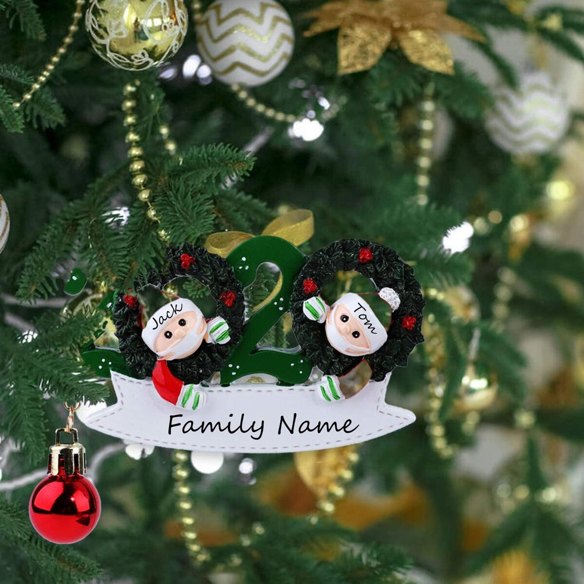 buddy4baby Personalized Christmas Hanging Ornaments - 2020 DIY Quarantine Survivor Couple with Wreath Face Mask Customized Home Decor (2 People)